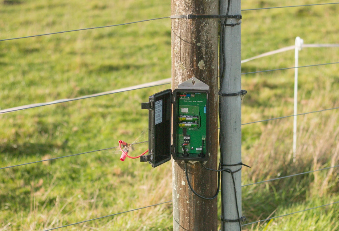 Electric Fence Monitor Package